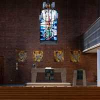 Blick zu Altar und Rednerkanzel